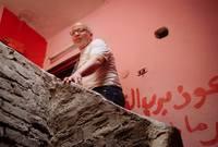 شريف دسوقي، والده هو مدير مسرح النجم الراحل «إسماعيل ياسين»، بدأ حياته الفنية من خلال الإخراج المسرحي، حتى اتجه لمجال التمثيل في عدد من الأفلام آخرها «ليل خارجي» والذي حقق عنه عددًا من الجوائز